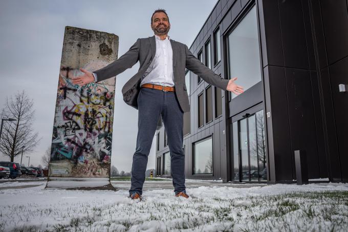 'Weet je', zegt Erik Joosten (Avantis): 'ik wil graag made in Germany en made in Holland op mijn verpakkingen kunnen zetten'