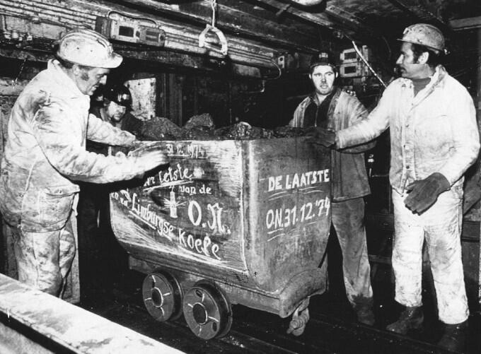 De allerlaatste steenkool uit de Oranje-Nassau-mijn, de laatste nog in bedrijf zijnde mijn, kwam op 31 december van een diepte van 400 meter naar boven. Het mijntijdperk is in Nederland nu definitief voorbij.