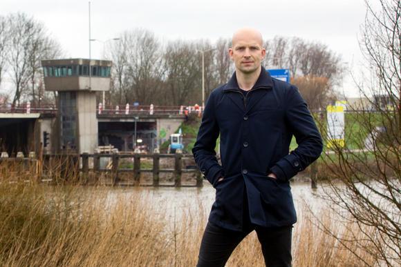 Lekker gepland: Botlekbrug én Wantijbrug gelijktijdig dicht