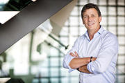 Vonhof: 'Snel TNO-onderzoek naar slimmere versoepeling coronamaatregelen'