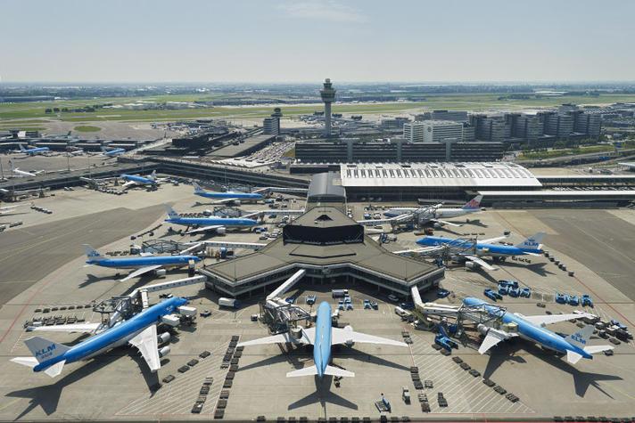 Bijna iedere luchthaven is een beetje Nederlands