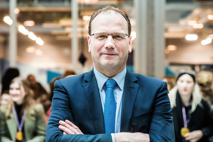 'Samenwerking beroepsonderwijs bedrijfsleven is absolute must'